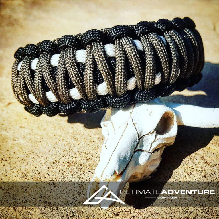 EDC Gear, Black Gray White King Cobra Paracord Bracelet, Hunting Fashion