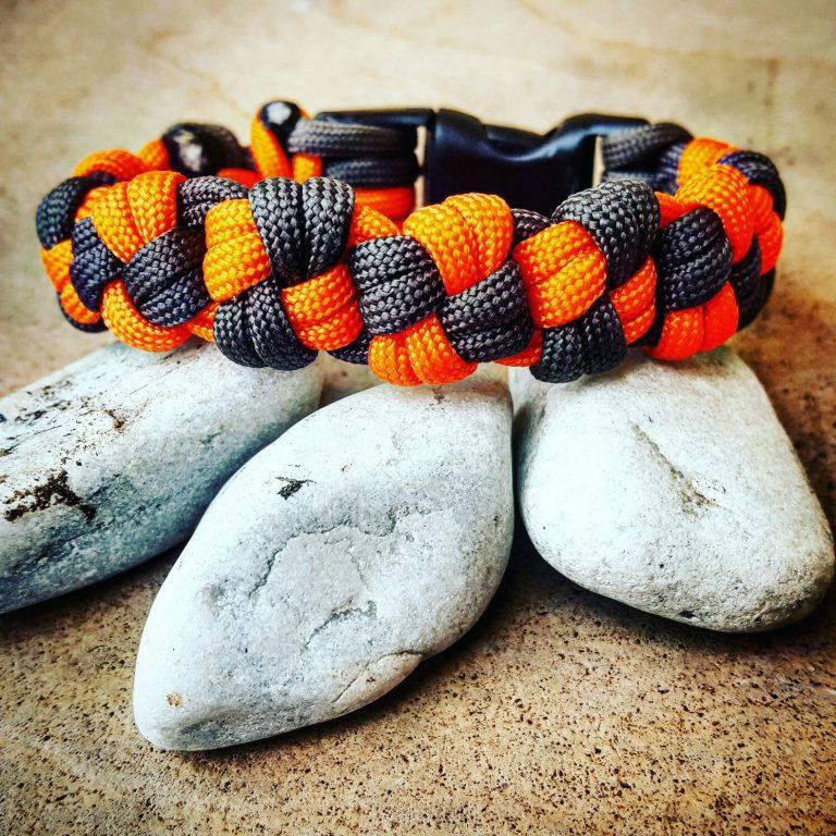 Paracord, EDC Gear, Gray Orange Cross Knot Paracord Bracelet