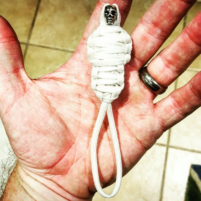 White King Tut Paracord Keychain Mummy with Skull, Paracord Zipper Pull, EDC Gear